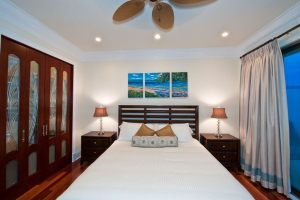1375-chateau-bed3